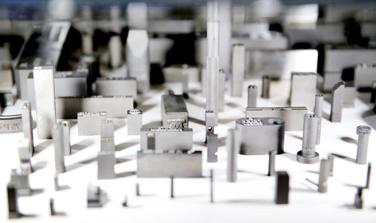 Zakázková výroba razníků a razidel od společnosti LINTECH