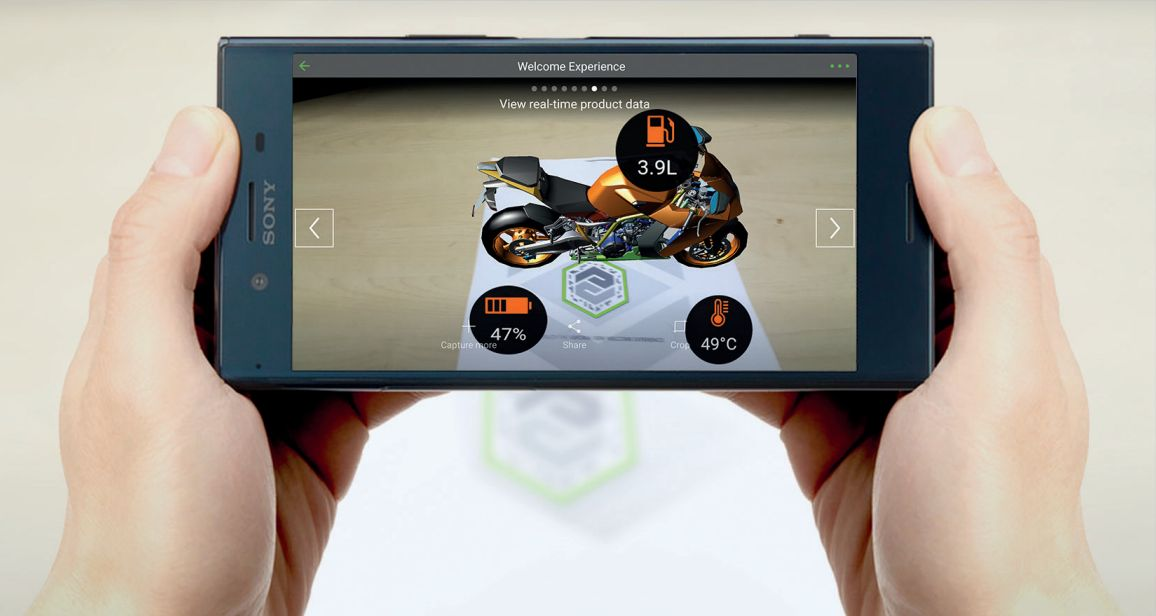 Díky propojení virtuálního modelu výrobku se senzory ve skutečném stroji může konstruktér pracovat se získávanými veličinami v reálném čase a v rozšířené realitě.
